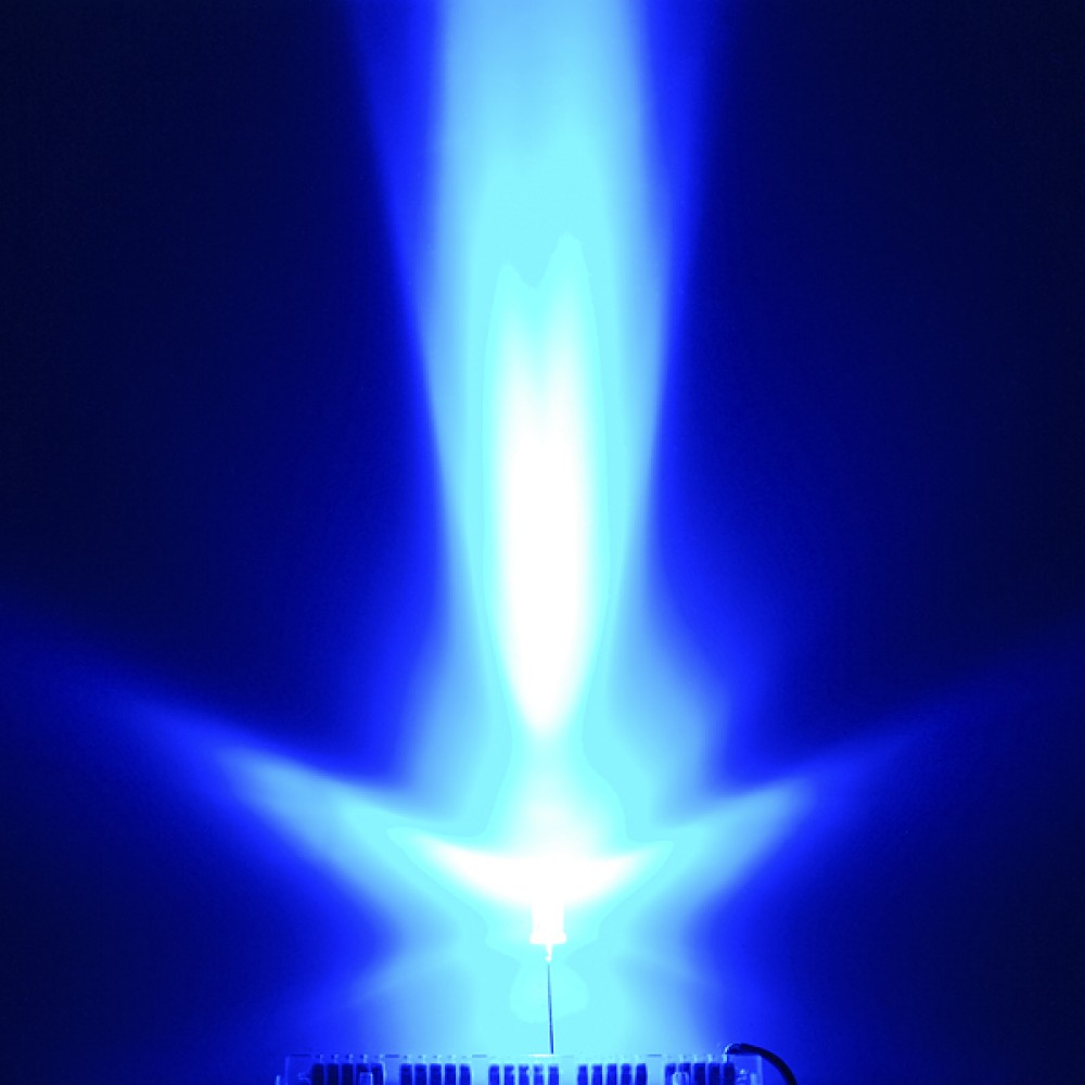 LED-индикатор, Яркий синий